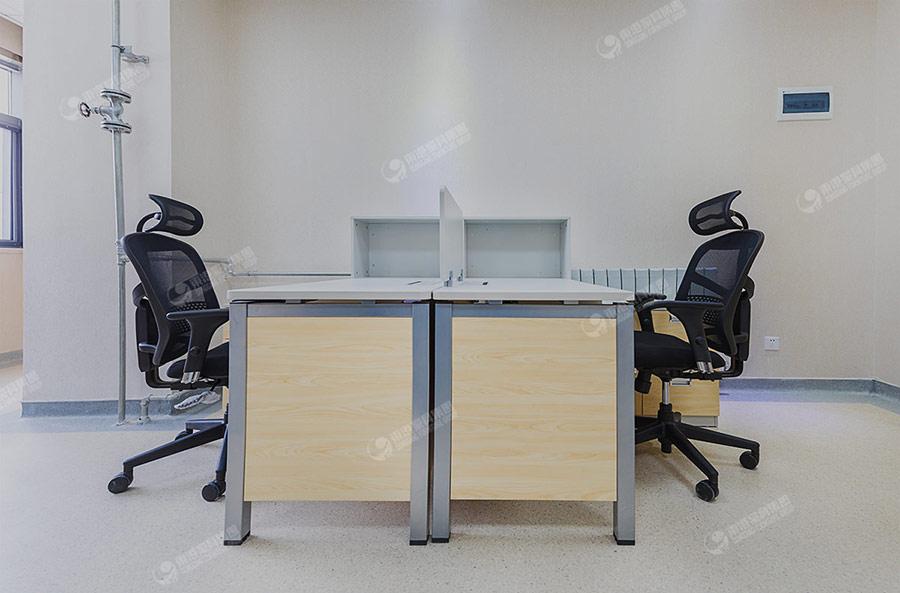 安顺人民医院办公室-2